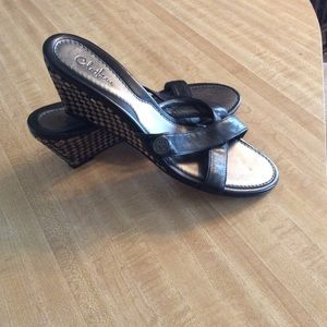 EUC Leather Sandals By Cole Hana
